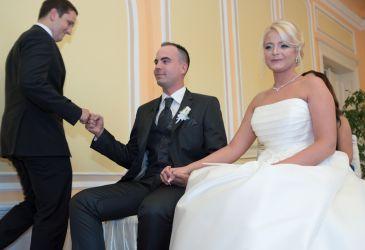Házasságkötés - Ózd