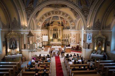 Házasságkötés  esküvő Ózd